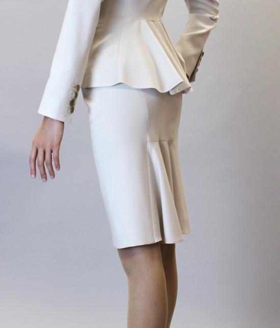 フリルタイトスカート<br />Frill Back Skirt