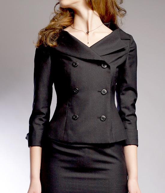 ダブルジャケット<br />Feminine Double Breasted Decollete Jacket
