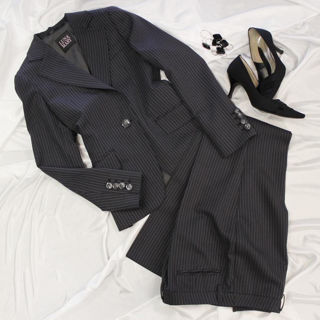 パンツスーツ かわいいピンクストライプ<br />Pants suit in pink stripes