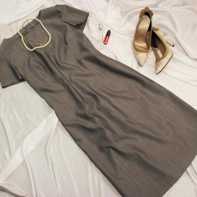 ワンピース シンプルでコーディネートも自在<br />Taupe natural style dress