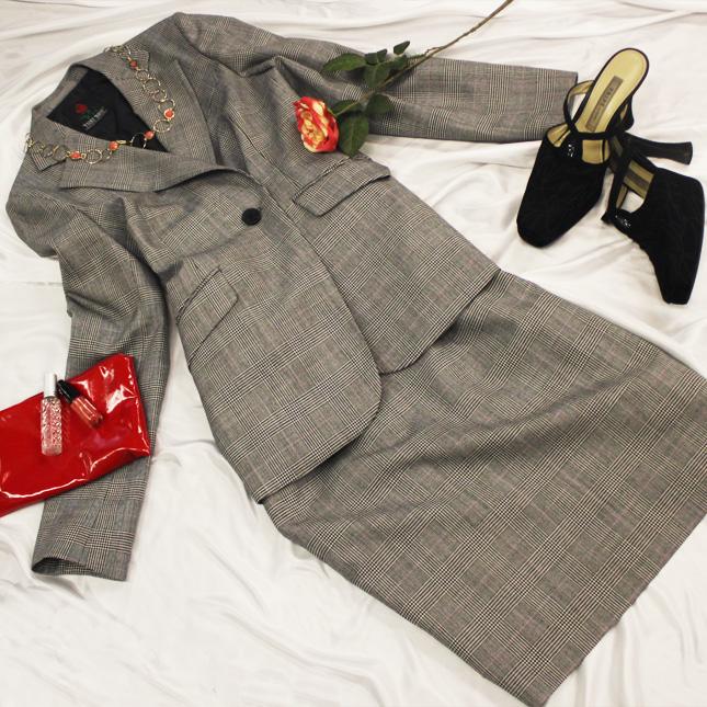 スカートスーツ グレンチェックのテーラースーツ<br />Tailor jacket & skirt in glen check