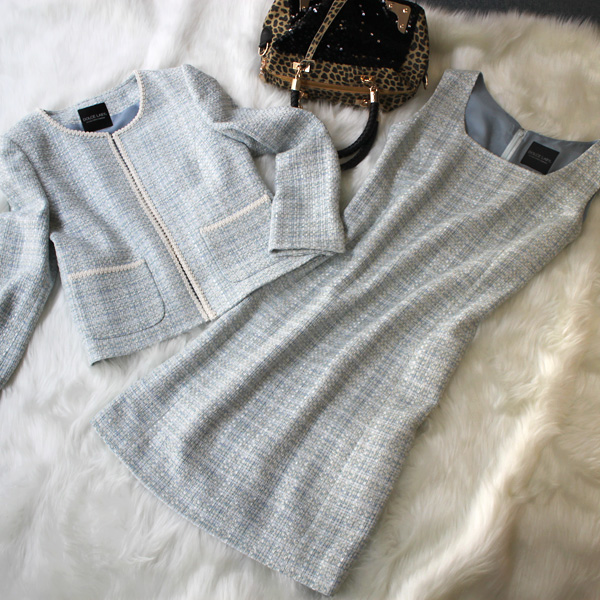 ワンピーススーツ セレブリティーツイード<br />Light gray tweed dress suit