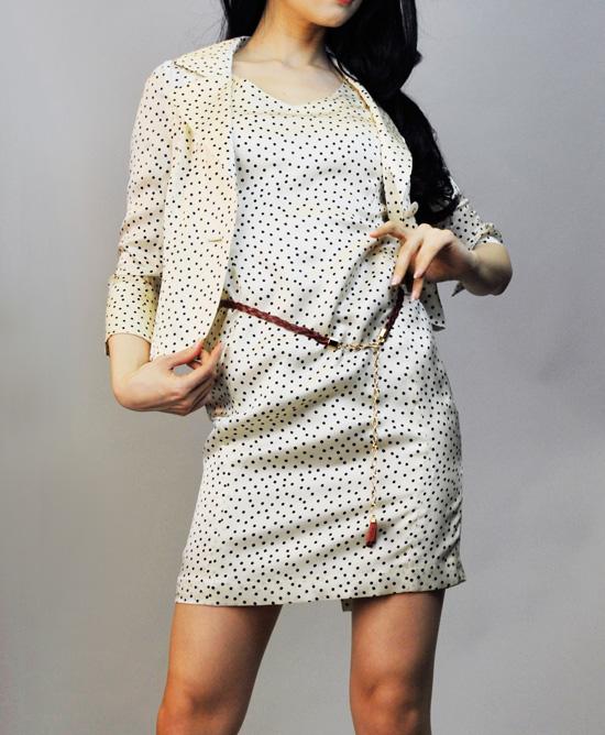 ワンピーススーツ セクシーなシルクドット<br />Sexy Silk Dotted Dress