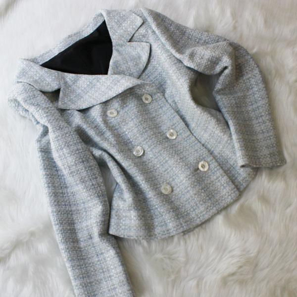 ダブルジャケット きれいなデコルテライン<br />Light gray decollete double jacket