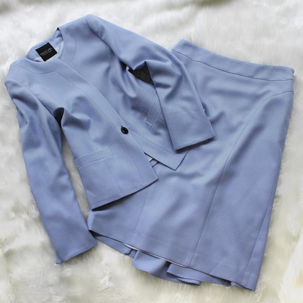 スカートスーツ 清涼感溢れるブルー<br />Frost blue skirt suit