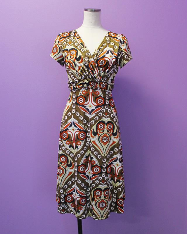 ワンピース プッチ柄<br />Crossover dress made of Parolari Emilio Pucci fabric