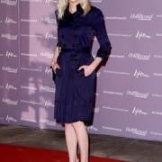 キルスティン・ダンスト(Kirsten Dunst) トレンチコートファッション