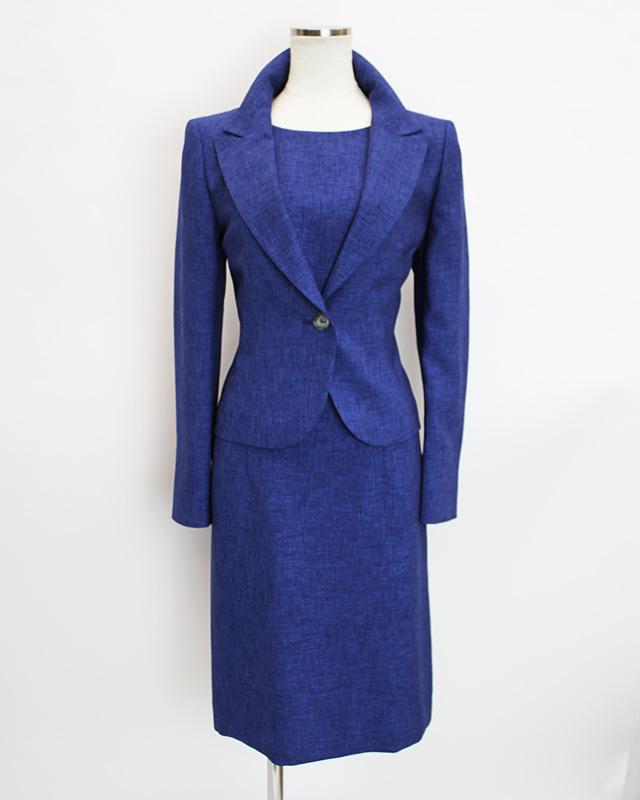ワンピーススーツ スイス製の鮮やかなブルー<br />Cobalt blue dress suit