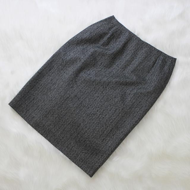 ツイードタイトスカート ビジネスにもカジュアルにも<br />Gray tight skirt