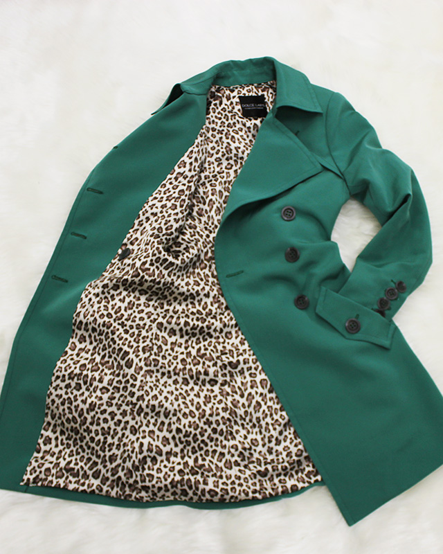 トレンチコート レオバード柄<br />Amazon green trench coat with leopard lining
