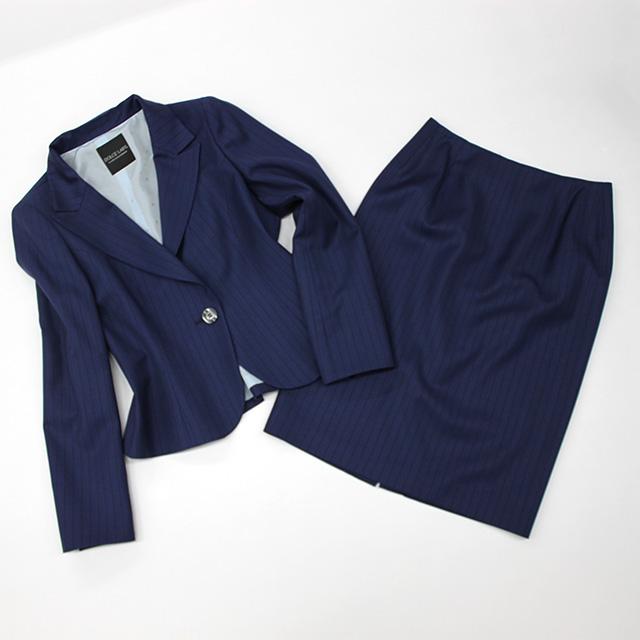 スカートスーツ 明るめネイビーストライプ<br />Blue striped skirt suit