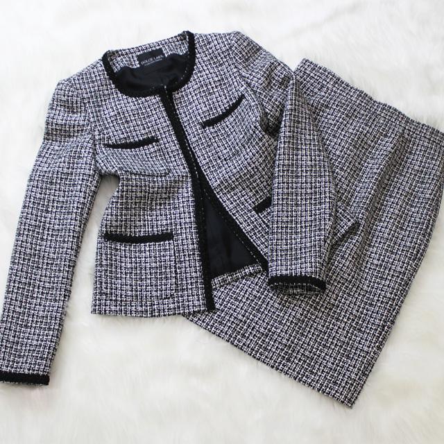 スカートスーツ 白と黒のツイード生地<br />Black&white tweed skirt suit