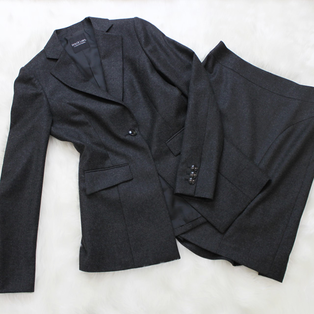 スカートスーツ 暖かい柔軟なメルトン生地<br />Soft melton skirt suit