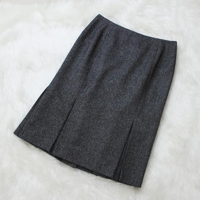 スカート ストレッチ性のある高級素材<br />Stretch wool mix skirt