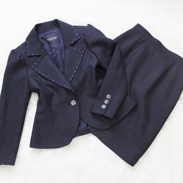 スカートスーツ スワロフスキー加工仕立て<br />Blue skirt suit with swarovski rhinestones