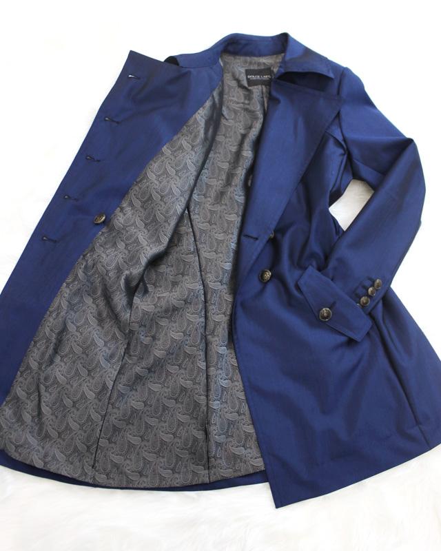 トレンチコート シンプルで可愛いブルー<br />B'dazzled Blue trench coat