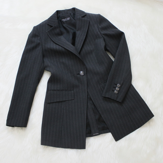 セミロングジャケット ストライプデザイン<br />Black striped semi long jacket