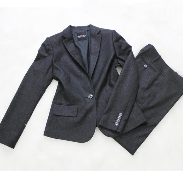 パンツスーツ チャコールグレーの霜降りメルトン<br />Charcoal melton wool pants suit
