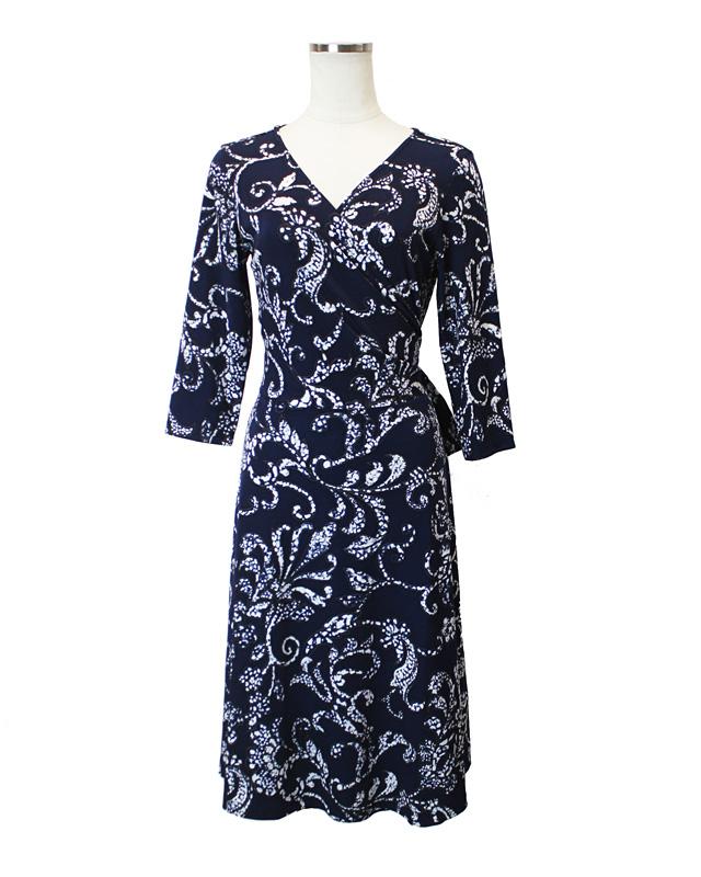 フレアーカシュクール フラワーネイビー<br /> crossover navy dress in flower print