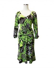 ワンピース8枚はぎフレアー<br />LL Size green paneled dress in geometry print