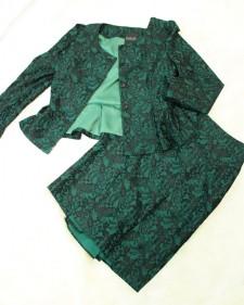 スカートスーツ グリーンレース<br />Emerald Green Lace Jacket & Skirt