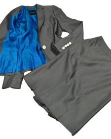 スカートスーツ ウール&シルク グレー<br />WOOL & SILK Gray Jacket & Skirt