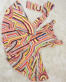 夏らしく爽やかな色使い★スカートのボリュームがフェミニンなサーキュラーワンピース<br /> Refreshing Summer Colors★Dress With Plenty Volume In The Skirt