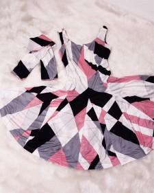 涼しいグレー&ピンクで爽やかサマーコーディネート♪ノースリーブのサーキュラーワンピース&ストールのセット<br />Cool Summer Outfit in Gray & Pink♪Circular Sleeveless Dress With Matching Stole