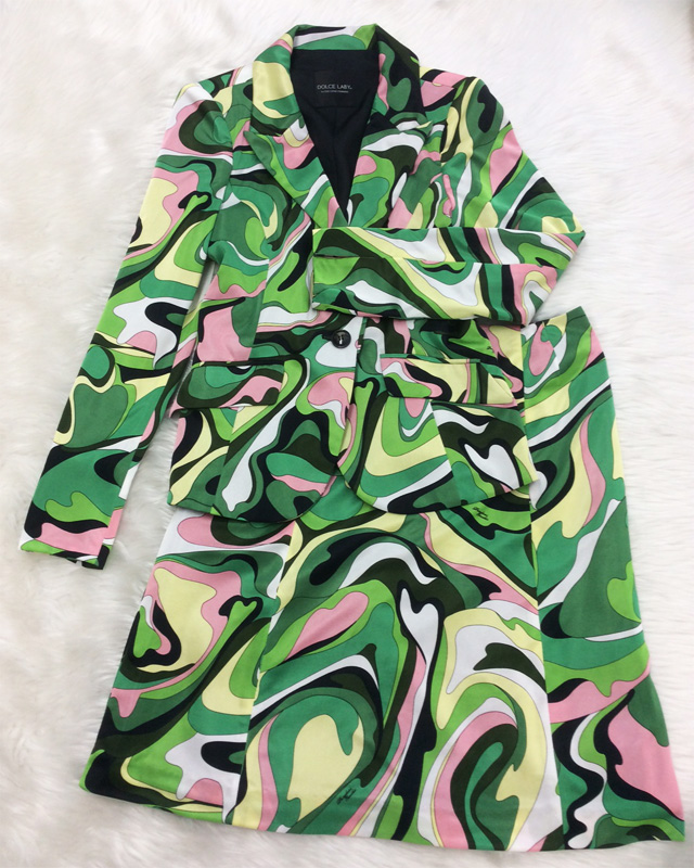 みんなに差をつけるプッチ柄のスカートスーツ♪~セレブオーラ満喫~<br />Seperate Yourself From Everybody Else With This Pucci Patterned Skirt Suit♪ Get The Celebrity Aura
