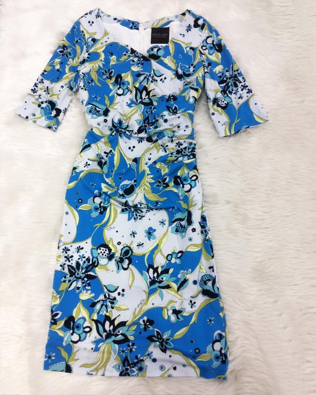 ブルー花柄タックワンピース☆オーダーワンピースだからできる自分にピッタリサイズ&タイトライン<br />The Merit Of Made to Order: Blue Flowery Dress With a Slim & Perfect Fit