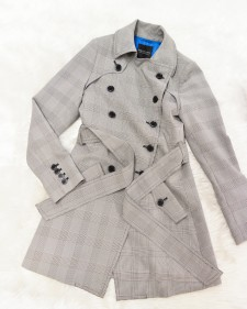 ブラック&ホワイトのグレンチェックのトレンチコート★<br />Black & White Glenn Check Trench Coat