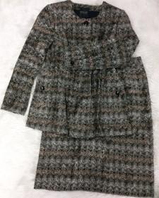 コート風ジャケット&スカートセット☆秋冬にぴったり暖かいツイード<br /> A Coat-like Jacket and Matching Skirt☆The Warm Tweed Fabric Matches the Season