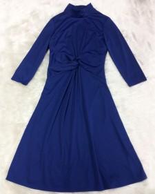 ワンピースのハイネック&ねじりウエストのデザインがポイント♪ロイヤルブルー色がとても綺麗<br />The Main Focus Are the Turtle Neck & Twisted Waist♪With Beautiful  Royal Blue Color