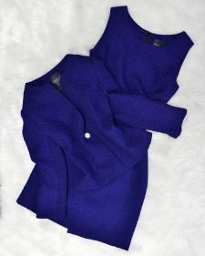 ラピスラズリな深い青のワンピーススーツ♪顔映りが良く気品漂う一着<br />A deep royal blue one-piece suit ♪ So royaly elegant