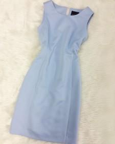 春の空色ワンピース ♪ さらさら生地で着心地の良いノースリーブのシンプルデザイン<br />Sleeveless Dress the Color of the Spring Sky ♪ Simple Design and High Quality Fabric