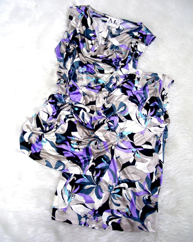 しよく見ると花柄があったプッチ生地♪ツーピースなので、別々でも使えます<br />If you look closely you can see the flowers♪Mix and match the skirt and top set