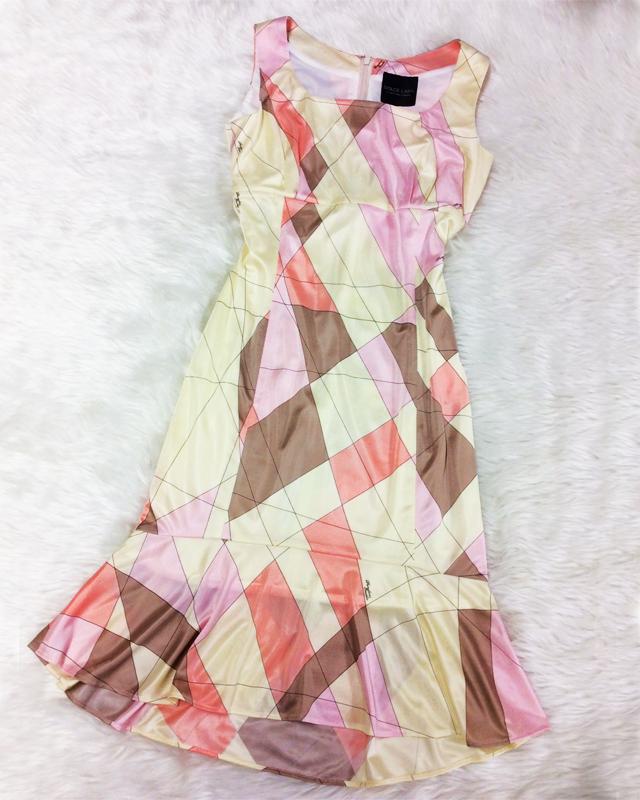 ベージュ&ピンク系のプッチスタイル生地♪ノースリーブ&フリル付きのサマードレス<br /> Beige and Pink Pucci-Style Fabric♪No Sleeve Summer Dress with a Cute Frill