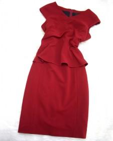 オリジナルデザインのワンピース★ウエストディテールと赤色がとても素敵<br />Custom designed dress★The waist detail and red color are fantastic!