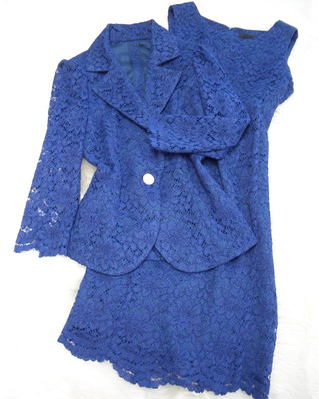 ロイヤルブルーのレースで上品な印象☆ワンピースとジャケットのアンサンブル<br />Leave a fancy impression in a royal blue lace ensemble