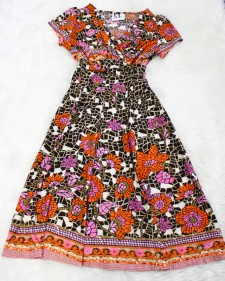 オレンジ花柄のドルワンピース<br />High waisted doll dress with orange flowers