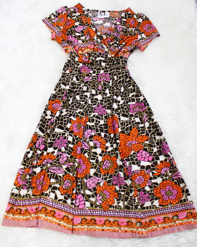 オレンジ花柄のドルワンピース<br />High waisted doll dress with orange flowers