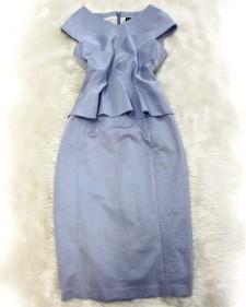 新型のぺプラムワンピース♪色とカタチがとてもエレガント<br />A dress with a peplum waist♪Dedicated elegance through form and color