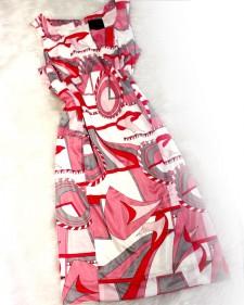 パーティーやビジネスにも!オシャレなプッチ柄ドレス<br />For a party and business! Stylish Pucci pattern dress