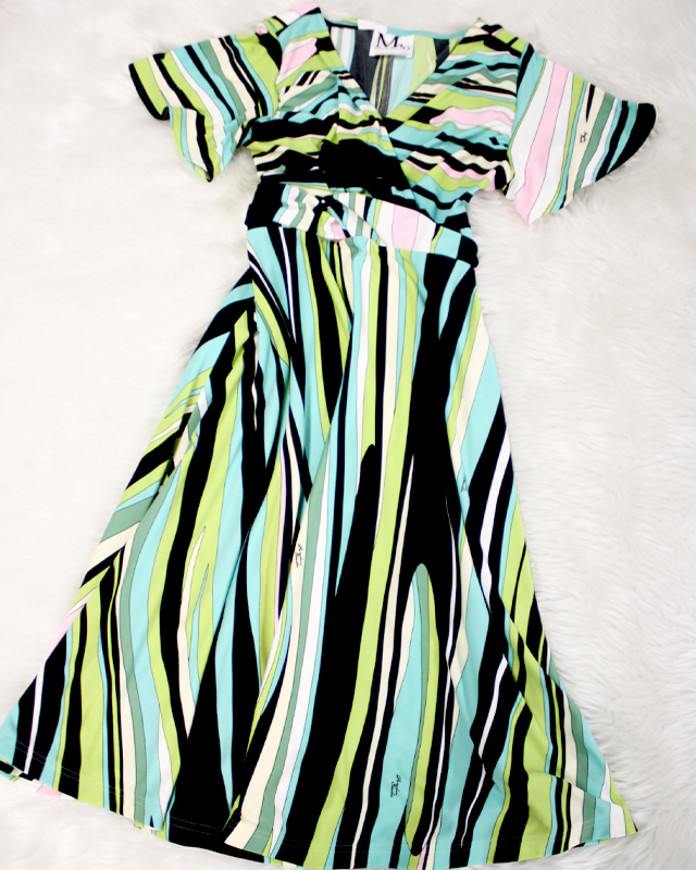 綺麗なグリーンプッチ柄のワンピース<br />Wonderful dress of the pure green pucci pattern.