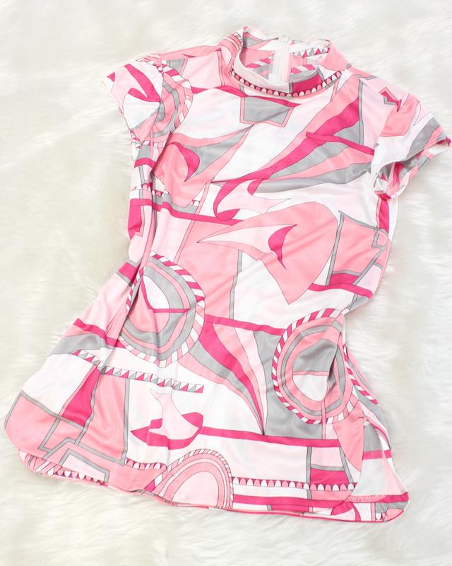 プッチピンクハイネックカットソー<br />Pink pretty Pucci pattern High neck tops