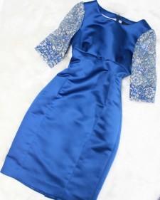 レースお袖がエレガント♪サテンブルーワンピース/<br />Satin blue dress of the race sleeve.