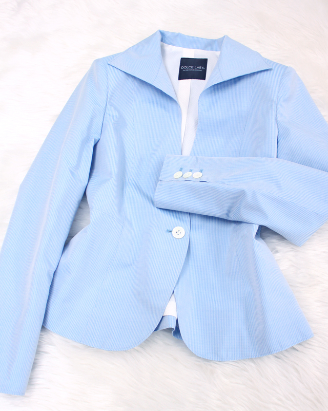 涼し気な水色のジャケット<br />/The light blue jacket that I do it, and cool air is mind.