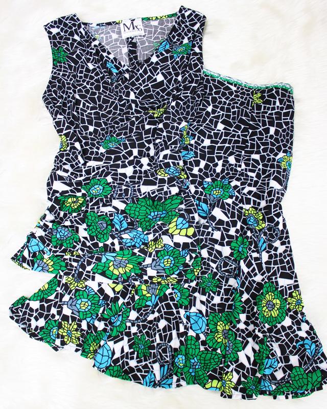 夏らしいタイル模様の花柄ワンピース♪/<br />Floral design dress of the tile design like the summer.