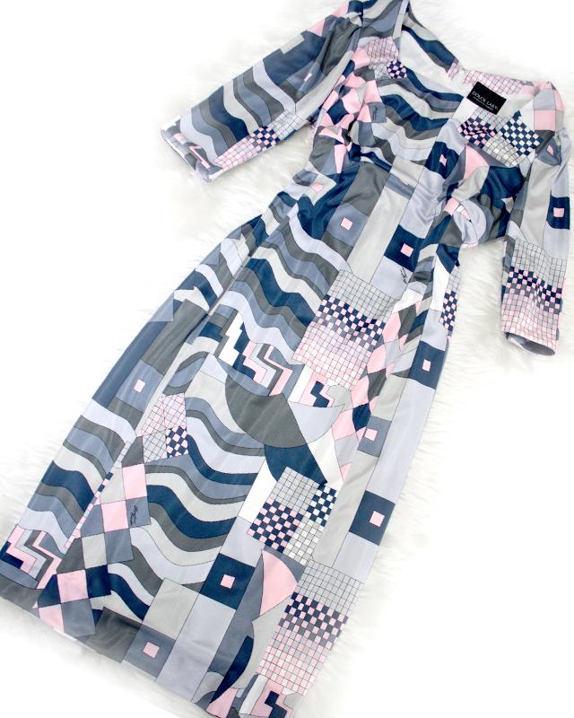 プッチ生地を贅沢に使った七分袖ワンピース♪/<br />The three-quarter sleeve dress which I used the Pucci pattern cloth for luxuriously.
