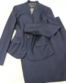 シンプルジャケットの素敵なキャリアスーツ♪/<br />Wonderful carrier suit of the simple jacket.